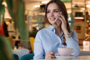 Jak włączyć roaming Play?