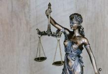 W jakich sytuacjach dobrze skorzystać z pomocy prawnika