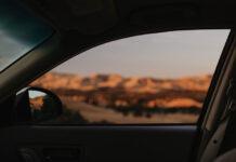 Wymiana i naprawa szyby w samochodzie